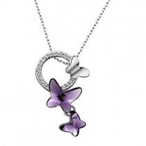 ブランドIUHA 蝶の恋物語 ネックレス スワロフスキークリスタル使用 (紫)