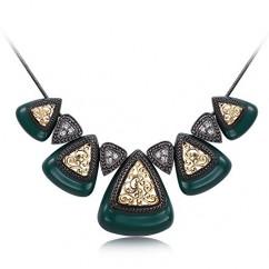ブランドIUHA®民族的なデザイン ネックレス オーストリア産 CZダイヤ 金属アレルギー対応 変色防止 (オールドグリーン)