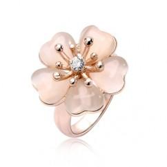 ブランドIUHA 18Kピンクゴールドメッキ 上品な淡いピンク桜リング オーストリア産のCZダイヤモンド (7#)