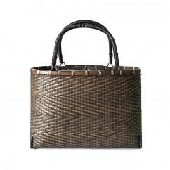 (イウハ) IUHA 手提げ バッグ 買い物カゴ  巾着  かごバッグ 竹 レディース  自然素材 夏  軽量